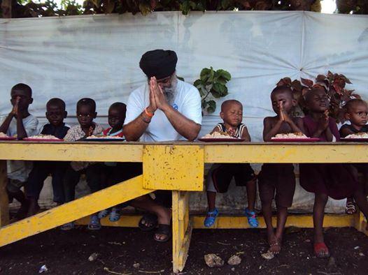Khalsa-Aid-in-Haiti ravinder singh