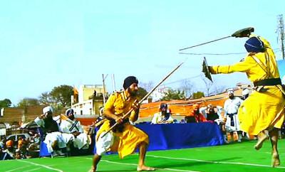 Hola mohalla at anandpur sahib 2015